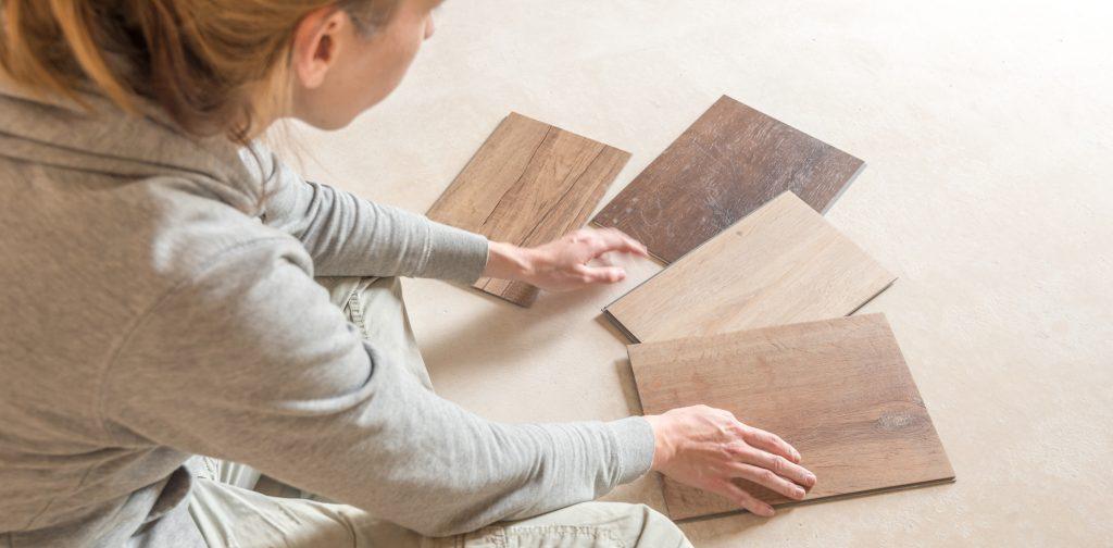 Hilfe im Netz. Zahlreiche Webseiten ermöglichen es auch Laien, Renovierungsarbeiten in einer zufriedenstellenden Qualität durchzuführen. Fotolia.com schulzfoto